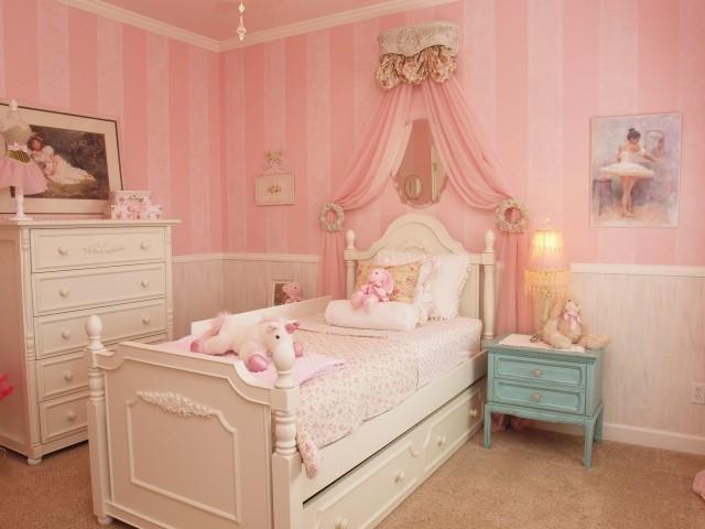 chambre-princesse-rose-bleu